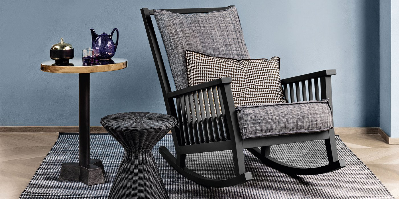 gray 09 rocking chair the modern home company. Black Bedroom Furniture Sets. Home Design Ideas
